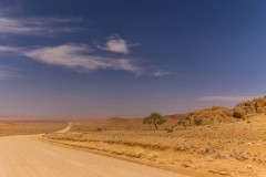 es-führt-ein-Weg-nach-nirgendwo-Namibia